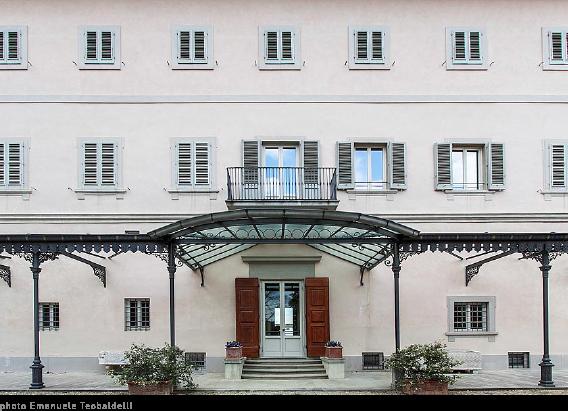 Immagine facciata di Villa Bardini Firenze | www.tommasobovo.com